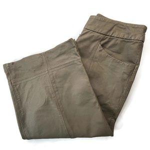 Newport News Capri Leather Pants Size 8